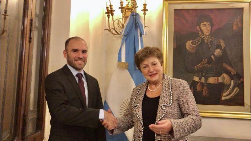 """La titular del FMI dijo que el organismo """"trabaja de forma constructiva con la Argentina"""""""