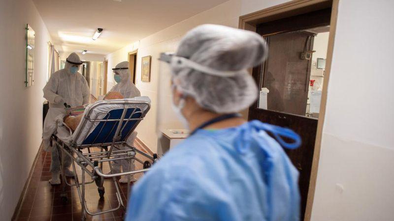 El uso de las camas UTI en el AMBA, en récord desde el inicio de la pandemia