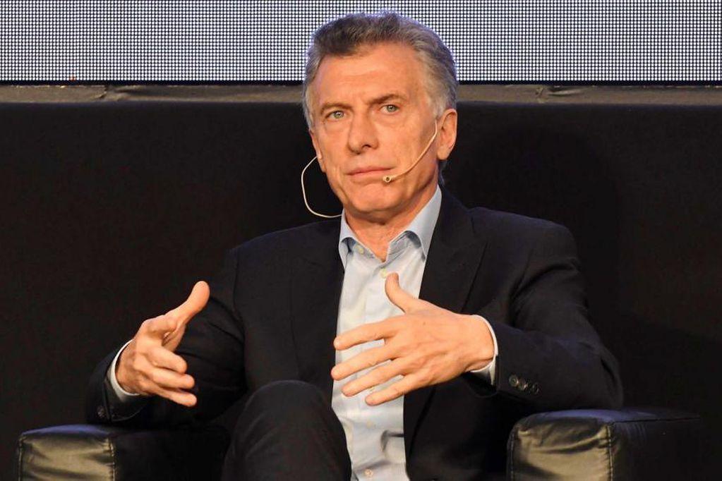 Suspendieron el vuelo de regreso de Mauricio Macri y quedó varado en Suiza