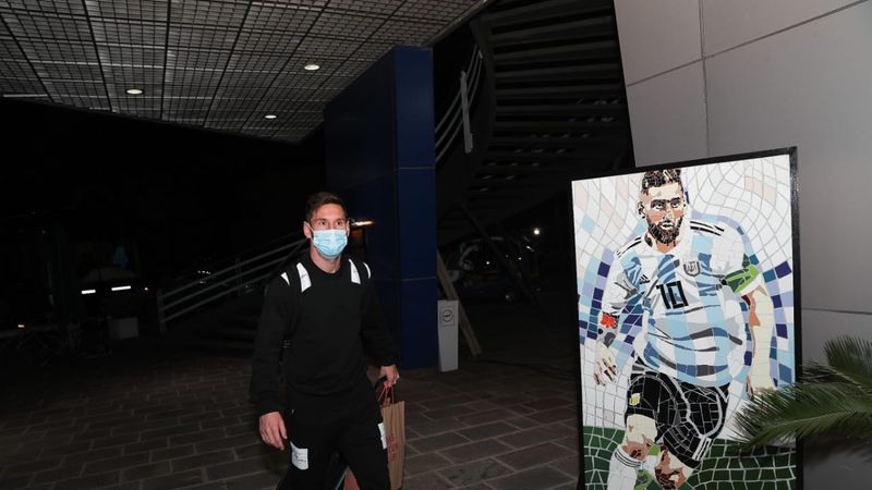 Estamos todos: Lionel Messi llegó a la Argentina y se completó el plantel para el debut en Eliminatorias