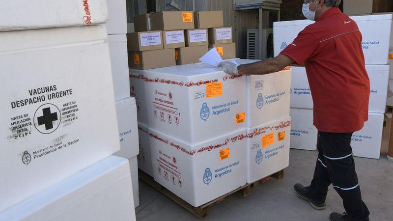 Comenzó la distribución de una nueva partida de Sputnik V y Mendoza recibirá 28.800 dosis