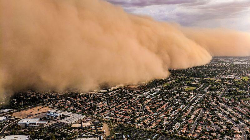 Esta foto de una nube gigantesca de tierra sobre Mendoza se volvió viral pero es falsa