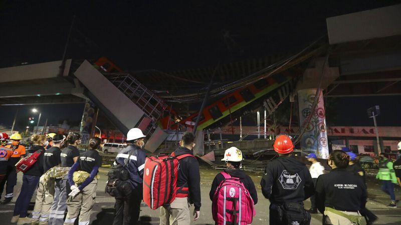 Video: colapsó un puente del metro en la Ciudad de México y murieron 23 personas