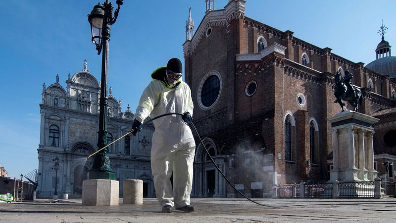 """El pueblo de Italia en el que comenzó la pandemia ahora tiene habitantes """"superinmunes"""" al covid-19"""
