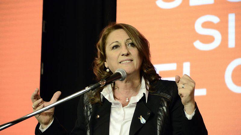 El Partido Socialista eligió a Mónica Fein como su primera presidenta mujer en 124 años