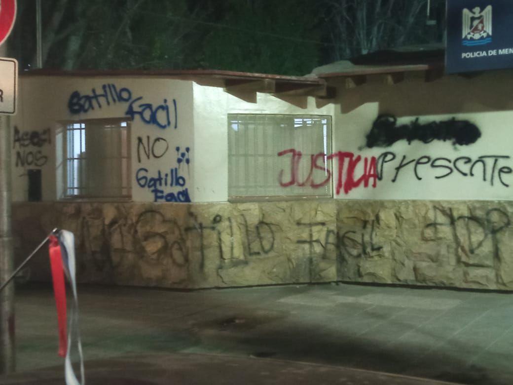 Disturbios, pintadas y dos heridos en Las Heras