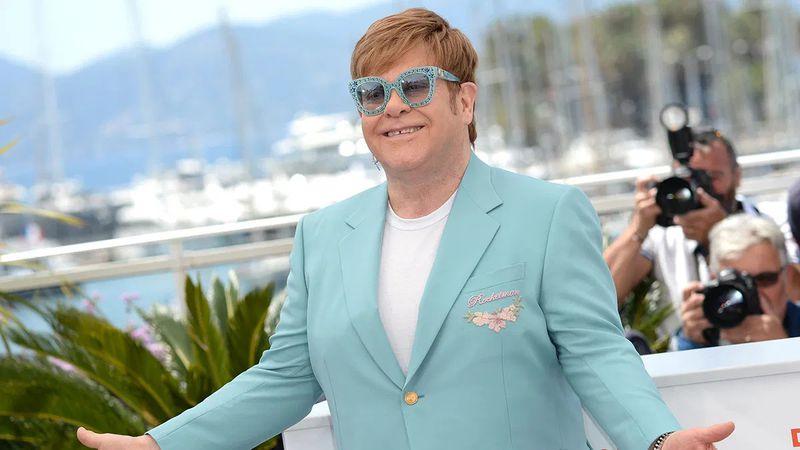 Elton John es el músico mejor pago del último año en el mundo