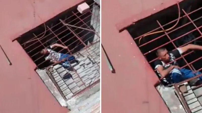 Video: entró a robar, quedó atrapado en las rejas de la casa y le tuvo que pedir ayuda a la Policía