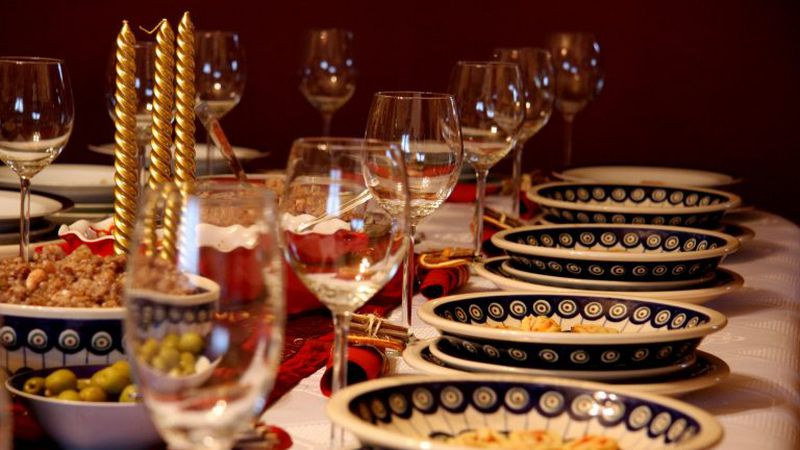 Salir a cenar en Navidad o Año Nuevo en Mendoza cuesta entre $10 mil y $26 mil para una familia tipo