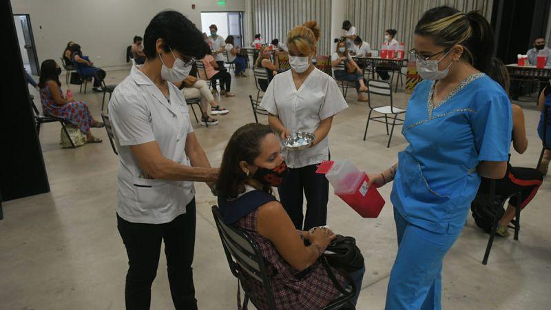 Los testimonios de Carolina y Fiorella, las primeras docentes vacunadas en Mendoza contra el Covid-19