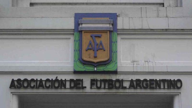 Fútbol femenino: el Consejo Federal no dio lugar al reclamo de Argentino y debe jugar el partido con la Lepra