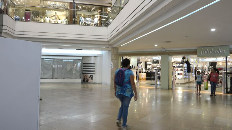 Falabella se va de Mendoza y el Shopping ya tiene reemplazo para el local