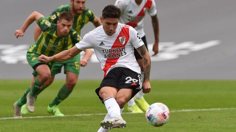 Sufre Gallardo por el posible desgarro de Gonzalo Montiel que lo dejaría afuera del Boca-River