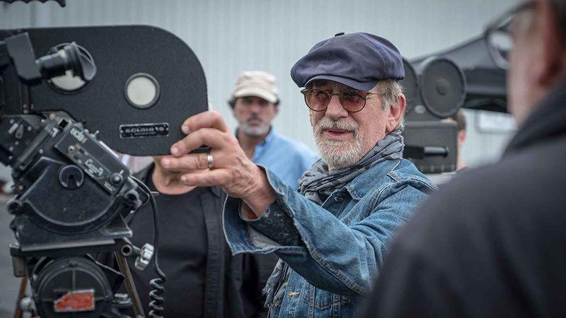 ¿Cambio de opinión? Steven Spielberg firmó contrato con Netflix
