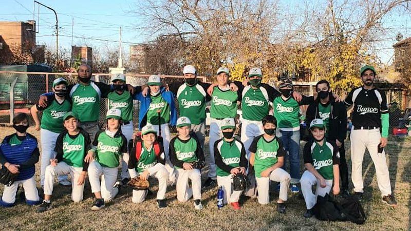 Softbol: se disputó el Vendimia de infantiles y pre infantiles con cuatro equipos