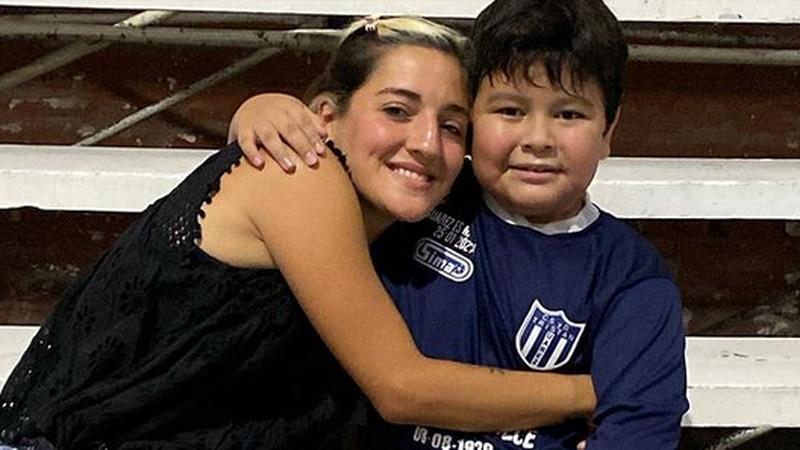 Jana fue a ver un entrenamiento de Dieguito Fernando y Verónica Ojeda lo agradeció